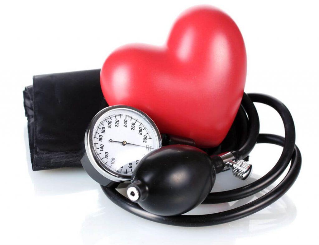 egészség világnapja - vérnyomás mérő